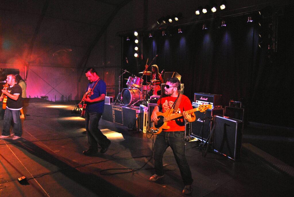 Trival en concierto - 2008